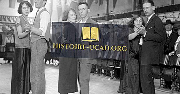 Kenapa Adakah 1920-an Memanggil 20 Tahun Bercahaya?