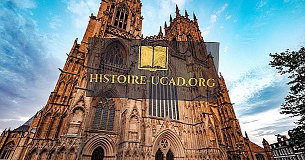 York Minster - pozoruhodné katedrály