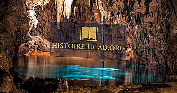 Jeskyně Gyokusendo, Japonsko - unikátní místa po celém světě