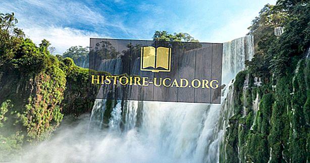 cestovat - Iguazu Falls, Argentina - jedinečná místa po celém světě