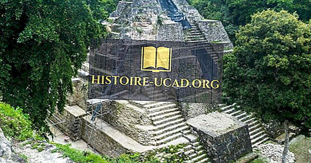Runtuhan Mayan Guatemala