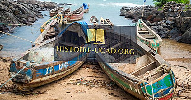 Katere so največje industrije v Sierri Leone?