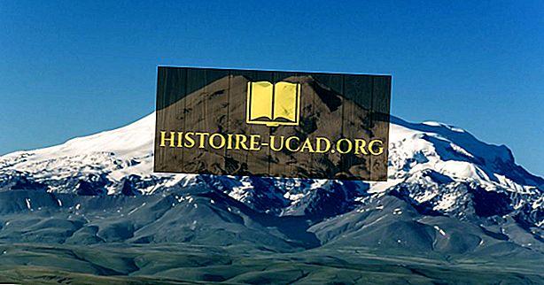Puncak-puncak yang paling tinggi di Range Gunung Caucasus